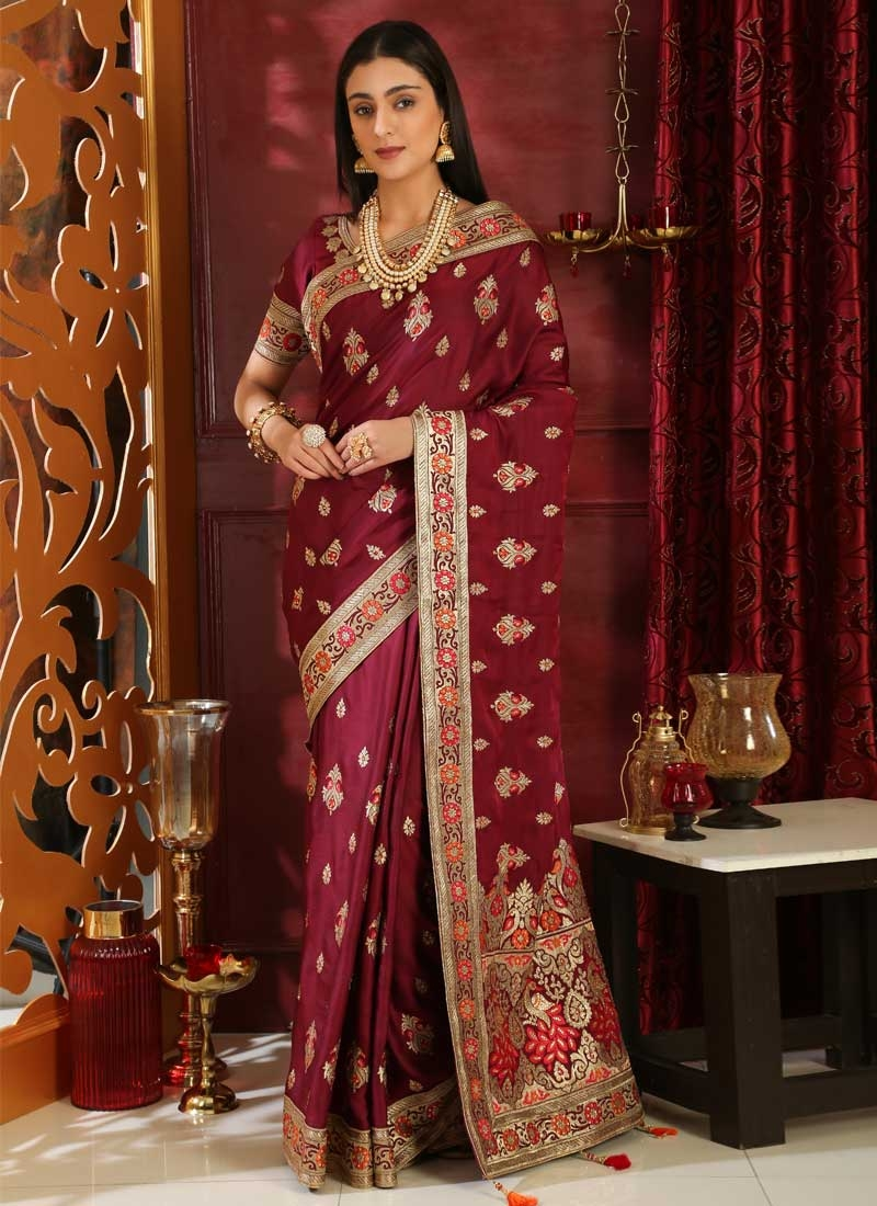 Booti Work Traditional Designer Saree