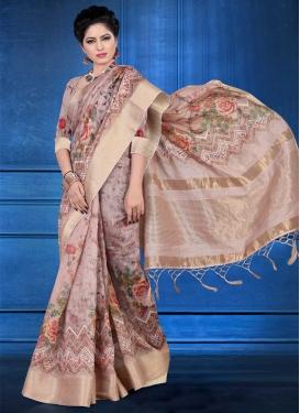 Trendy Classic Saree For Ceremonial