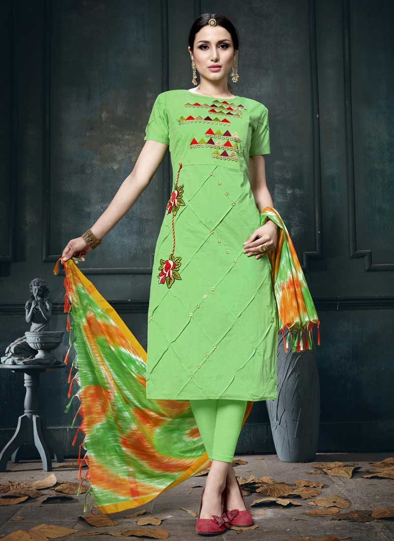 Aari Work Trendy Churidar Salwar Kameez