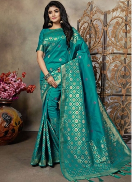 Aesthetic Weaving Party Silk Saree