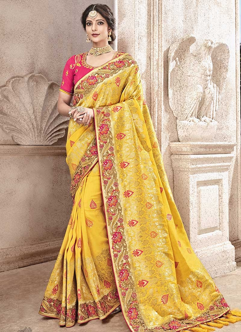 Beads Work Trendy Classic Saree For Bridal