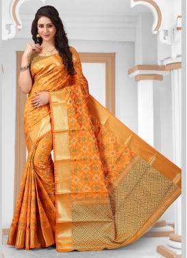 Beckoning Weaving Jacquard Silk Traditional Designer Saree
