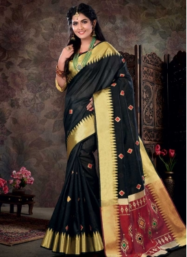 Black and Crimson Trendy Classic Saree For Casual