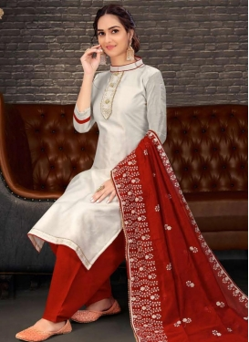 Chanderi Silk Embroidered Work Palazzo Style Pakistani Salwar Suit