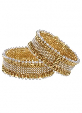 Charming Alloy Gold and Off White Bangles