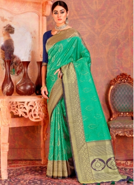 Congenial Weaving Classic Saree