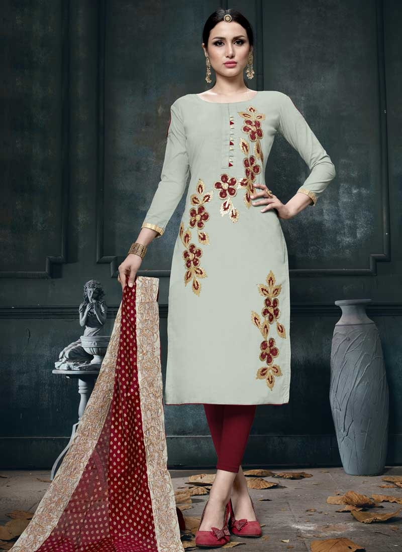 Cotton Churidar Salwar Kameez For Ceremonial