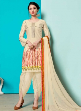 Cotton Punjabi Salwar Kameez For Ceremonial