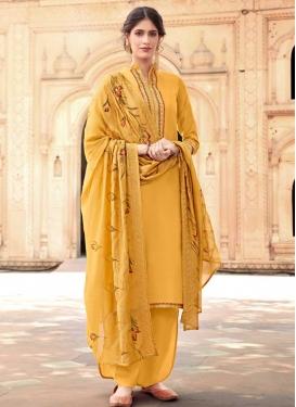 Cotton Silk Trendy Pakistani Salwar Kameez For Ceremonial