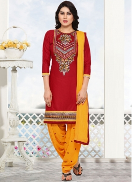 Dainty Embroidered Punjabi Suit