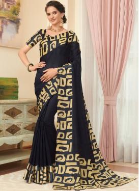 Dazzling Printed Casual Classic Saree