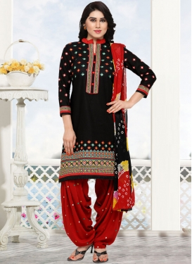 Delectable Embroidered Black Cotton Punjabi Suit