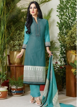 Dignified Lace Work Cotton Pant Style Pakistani Salwar Suit