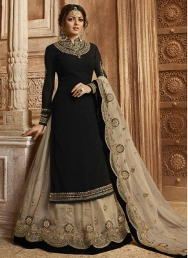 Drashti Dhami Black and Off White Kameez Style Lehenga Choli For Festival