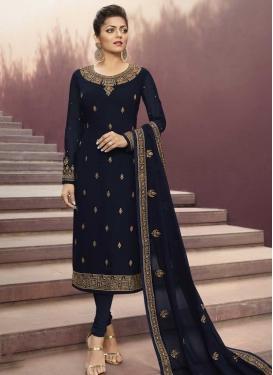 Drashti Dhami Trendy Pakistani Salwar Kameez