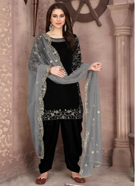 Embroidered Work Designer Patiala Salwar Suit For Ceremonial
