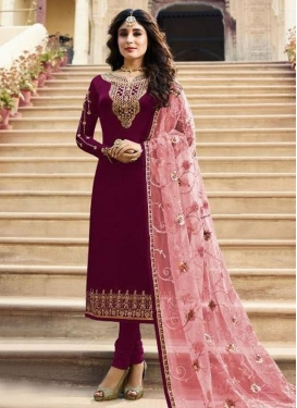 Embroidered Work Pakistani Salwar Kameez