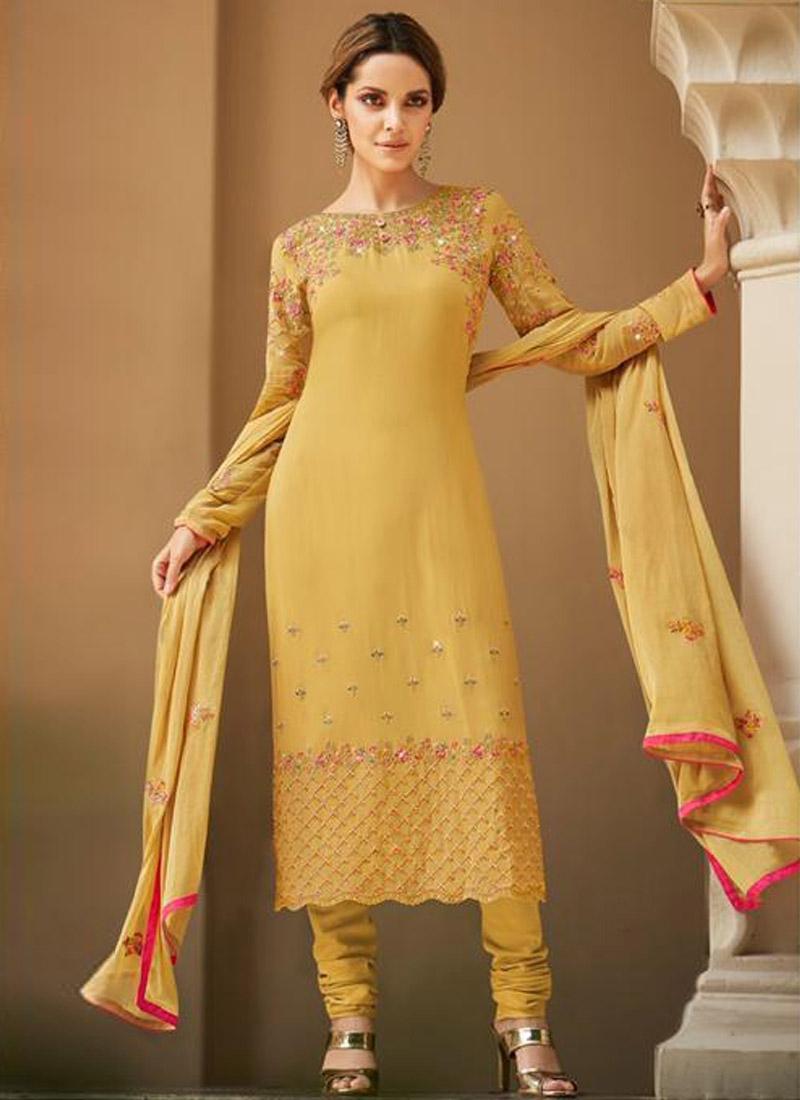 Embroidered Work Trendy Pakistani Salwar Suit