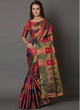 Entrancing Silk Classic Saree