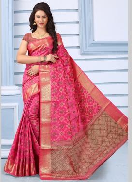 Entrancing Weaving Jacquard Silk Traditional Designer Saree