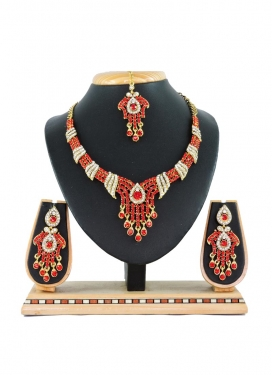 Especial  Stone Work Red and White Alloy Necklace Set