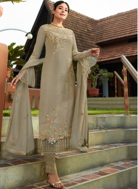 Flattering Resham Grey Pant Style Suit