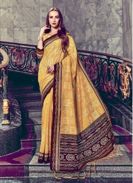Glorious Art Silk Gold Foil print Trendy Saree