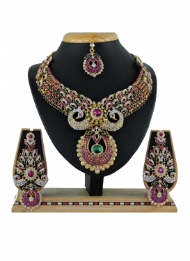 Graceful Stone Work Necklace Set For Bridal