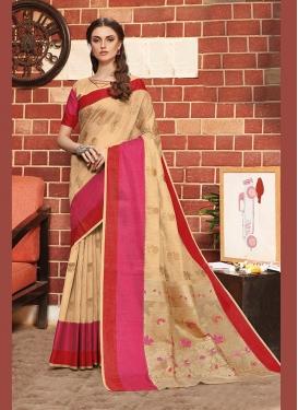 Gratifying Weaving Traditional Designer Saree