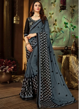 Grey Print Printed Saree