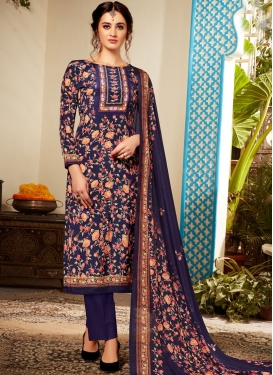 Gripping Abstract Print Navy Blue Pant Style Suit
