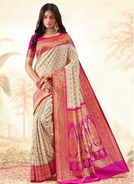 Handloom Silk Beige and Rose Pink Trendy Classic Saree