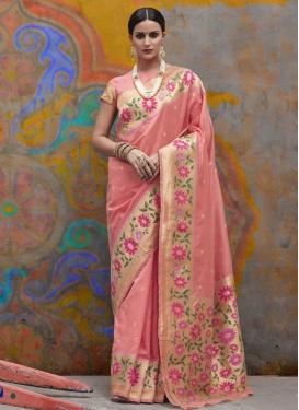 Handloom Silk Contemporary Style Saree For Ceremonial