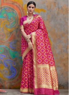 Handloom Silk Designer Contemporary Saree For Ceremonial