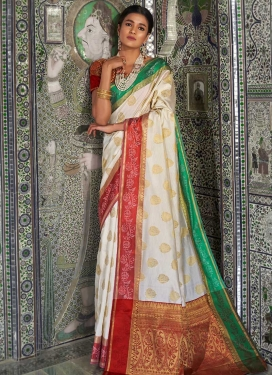 Handloom Silk Red and White Classic Saree