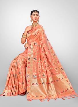 Intriguing Traditional Designer Saree For Wedding