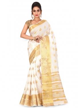 Kanjivaram Silk Trendy Saree For Festival