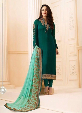 Kareena Kapoor Bottle Green Embroidered Churidar Salwar Kameez