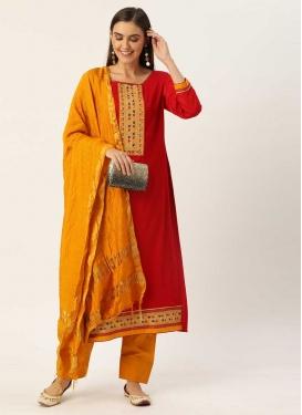 Lace Work Cotton Trendy Pakistani Salwar Kameez