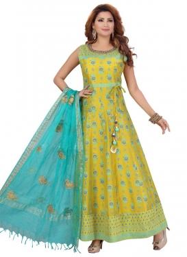 Lace Work Readymade Anarkali Salwar Suit