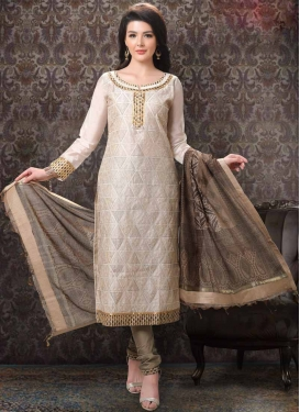Lace Work Trendy Churidar Salwar Kameez