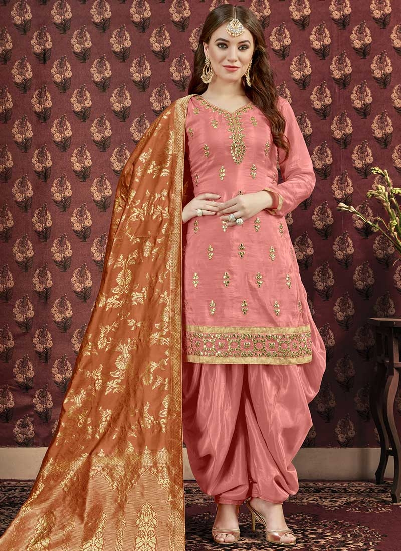 Lace Work Trendy Patiala Salwar Suit