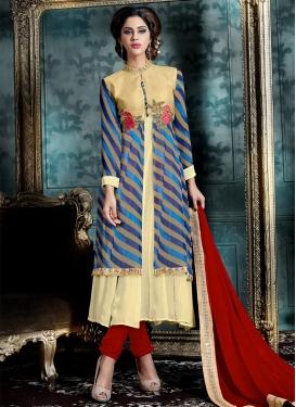 Lace Work Trendy Salwar Suit
