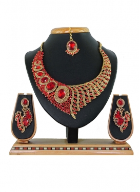 Modest Stone Work Gold and Red Alloy Necklace Set