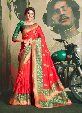 Monumental Weaving Traditional Designer Saree