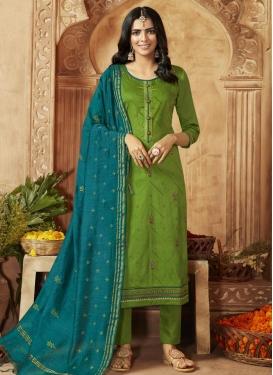 Pant Style Pakistani Salwar Kameez