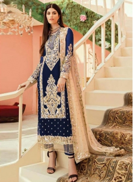 Pant Style Pakistani Salwar Kameez For Ceremonial