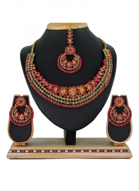 Precious Alloy Gold Rodium Polish Stone Work Gold and Red Necklace Set