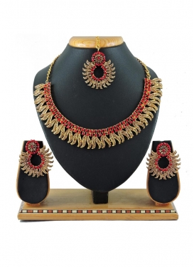 Pretty Alloy Gold and Red Stone Work Necklace Set