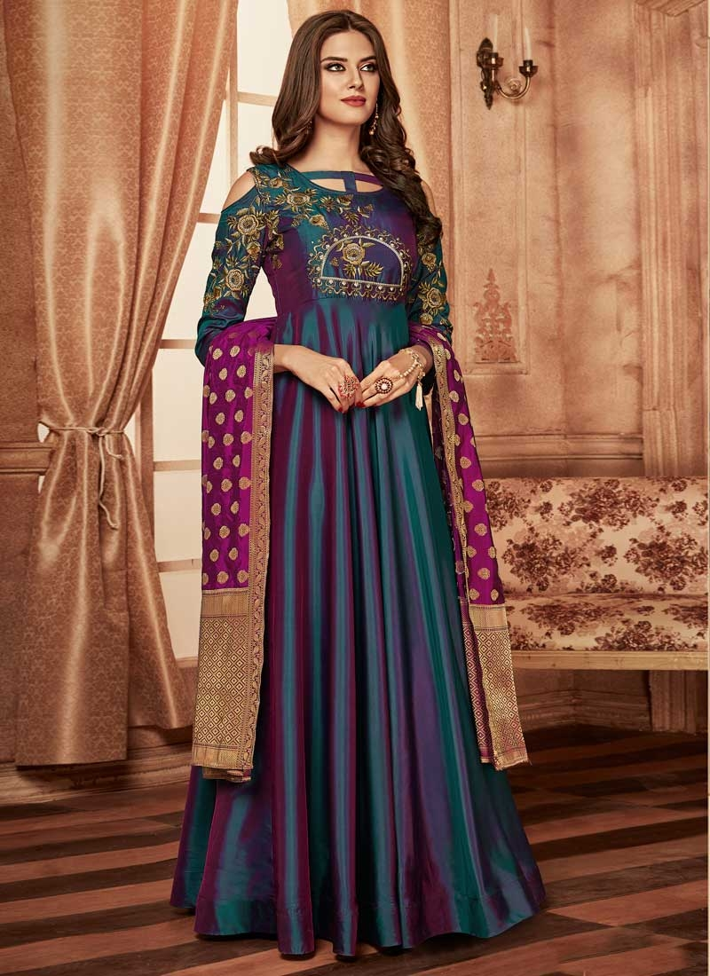 Readymade Classic Gown For Party